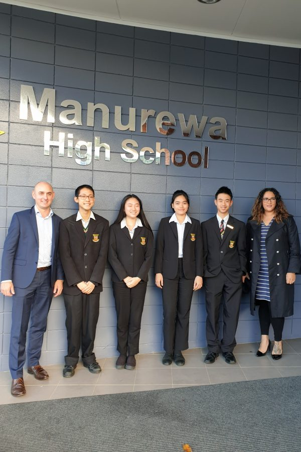 Maynard Marks sponsors Manurewa High School students